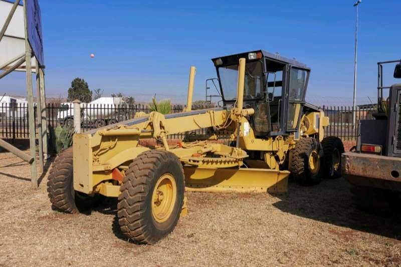 Champion Graders 710A Grader with scarifier