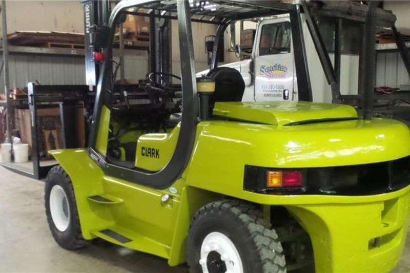 Clark Forklifts Diesel forklift Clark 7Ton Diesel Forklift