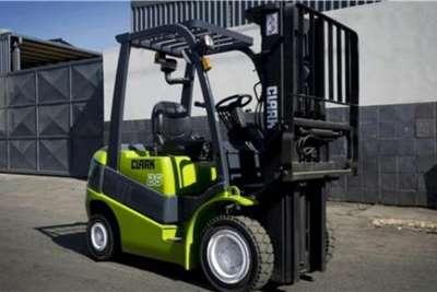 Clark Material handling Clark 2.5TON Forklifts