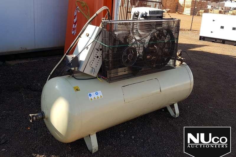 Compressors INGERSOLL RAND 132 S1 COMPRESSOR