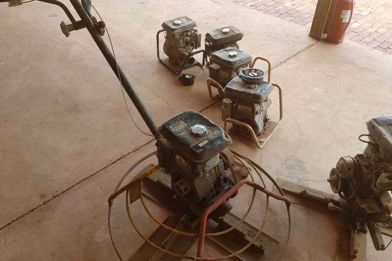Concrete vibrators POWER FLOATS
