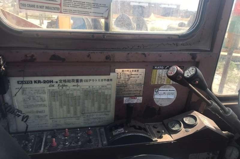 1990 Kato  KR20H-3 20 TON MOBILE CRANE