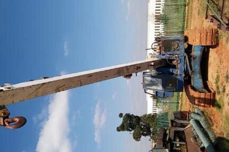 Mobile Crane Kato 16 ton on tracks