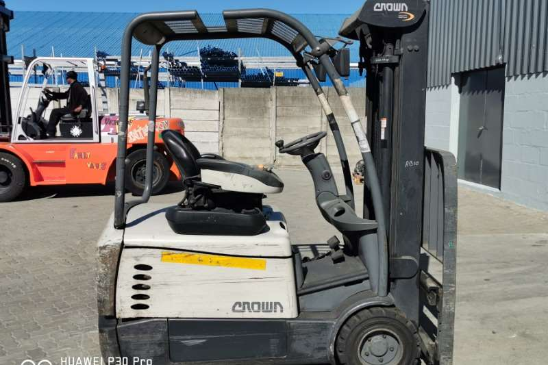 Crown Forklifts SC530 1.8 for sale in Johannesburg 2013