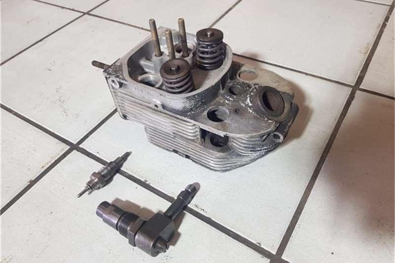 Deutz Rollers Deutz FL 912 W Engine Heads Injectors and Nozzles