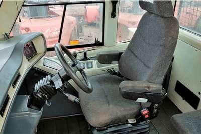 Doosan DA30 6X6 Dump truck