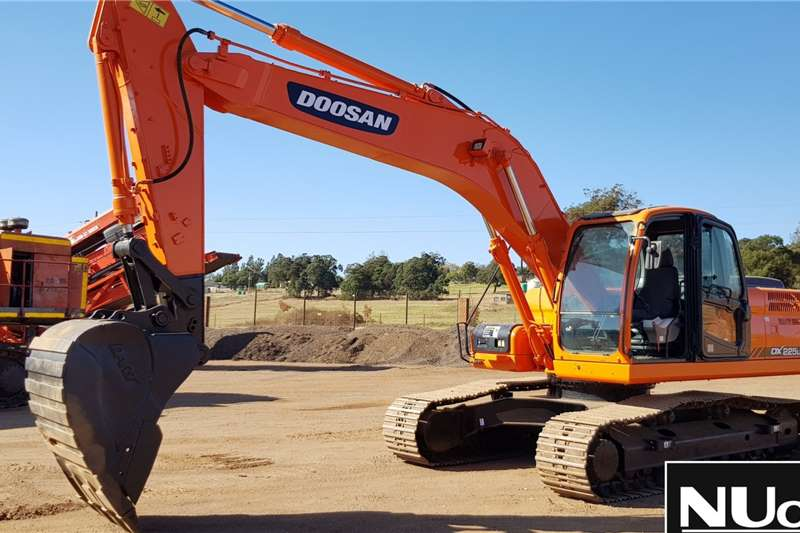 Doosan Excavators DOOSAN DX225LCA EXCAVATOR