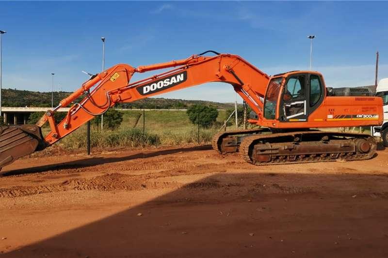Doosan Excavators DOOSAN DX300 LCA EXCAVATOR 2017