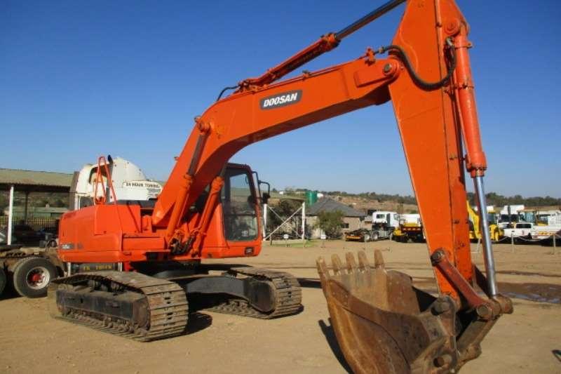 Doosan Excavators DOOSAN S225 LCV EXCAVATOR