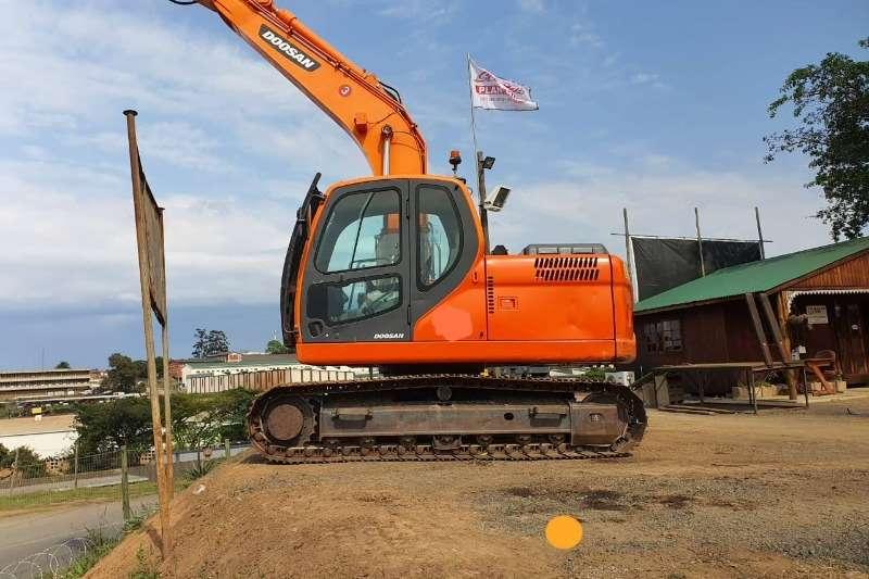 Doosan Excavators DX140LC 2017
