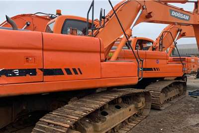 Doosan DX220A Excavators