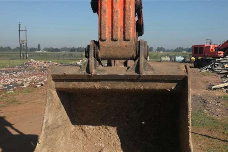 Doosan DX300LC Excavators