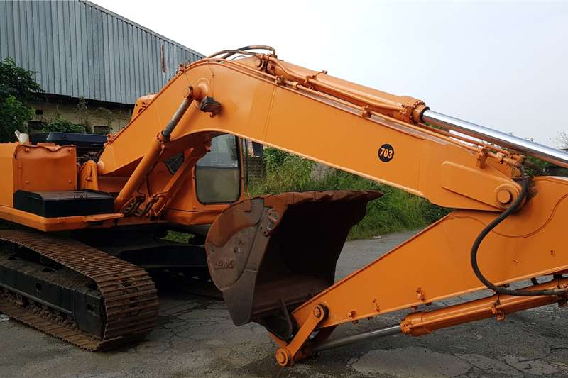 Doosan Excavators PC220 2008