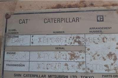 CAT D4H Dozer Dozers