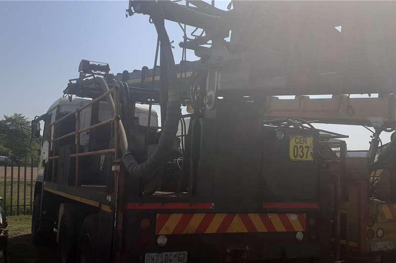 Man 27.40 super rock drill rigg with compressor Drill rigs