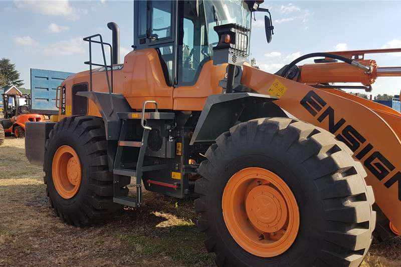 ENSIGN Construction Ensign YX657 Loaders