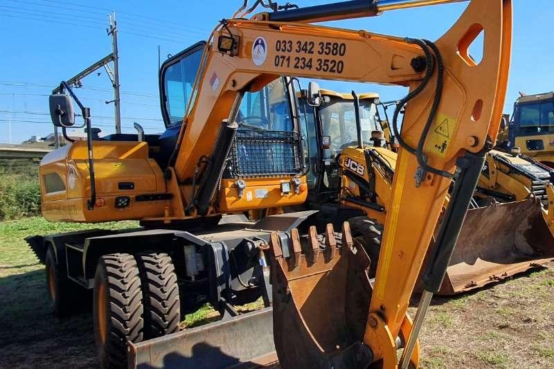 Excavators WHEELED EXCAVATOR 2016