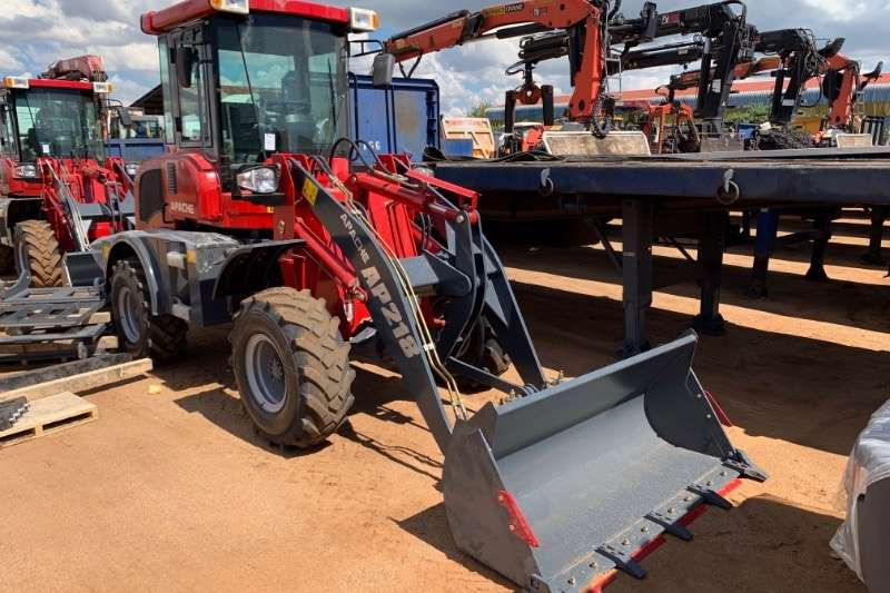 FELs APACHE AP218 WITH FORK ATTACHMENT 2019
