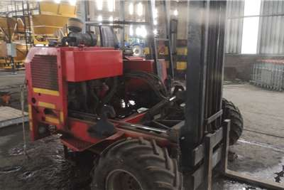 2.4 ton Moffet and 34 ton trailer Forklifts