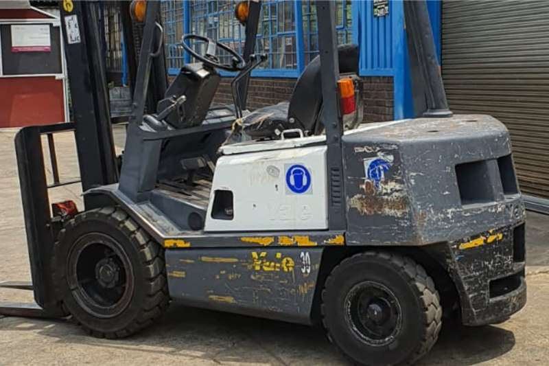3 ton Yale diesel Forklifts