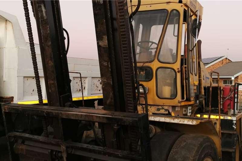 Diesel forklift 11.8 ton Mecfor Forklifts