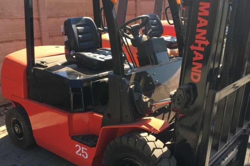 Forklifts Diesel forklift 2.5ton Manhand diesel forklift 2015