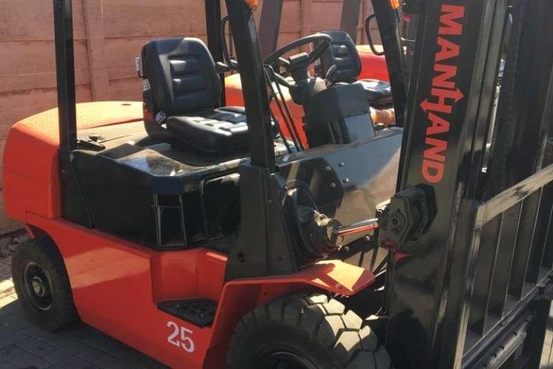 Forklifts Diesel forklift 4.5ton Manhand CDCP45 2015