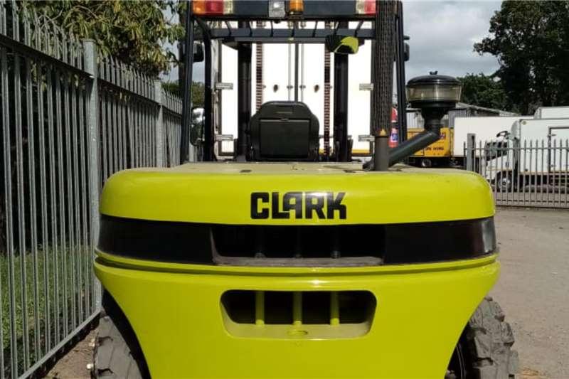 Diesel forklift 8 ton Clark Forklifts