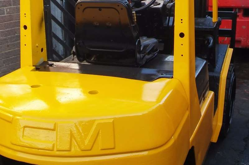 Diesel forklift Rentals from R5500 p/m (or buy from R48 000) Forklifts