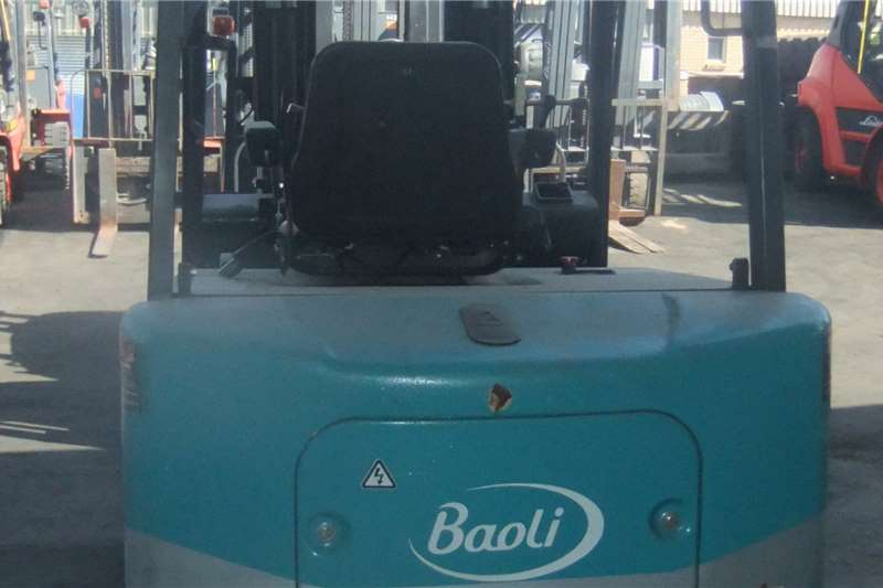 2017 Forklifts  3 Ton Baoli KBE30