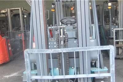 Forklifts Electric forklift Baoli 2.5 Ton KBE25 Forklifts