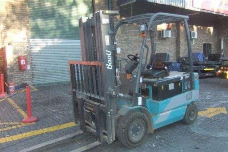 Forklifts Forklifts Electric forklift Baoli 3 TonKBE30 2017