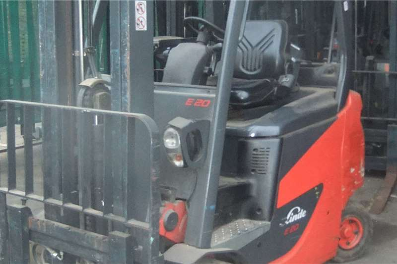 2017 Linde  2 Ton E20PH