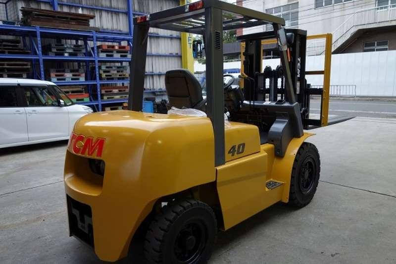 TCM  4 Ton Diesel Powered Forklift