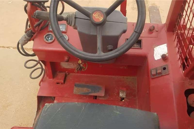 Truck Mounted TMT 320 Telehandler Forklift Forklifts