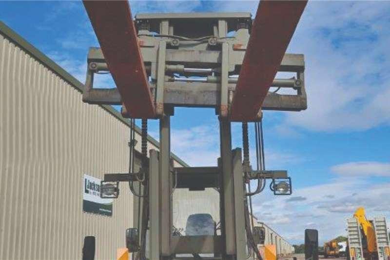 Valmet Sisu 1612HS 4x4 Forklift Forklifts