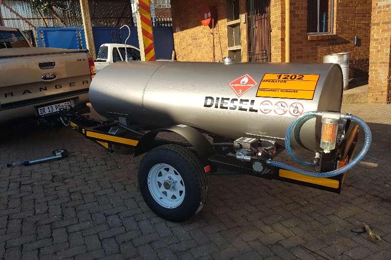 Fuel tankers 1500 liters fuel trailers 2019