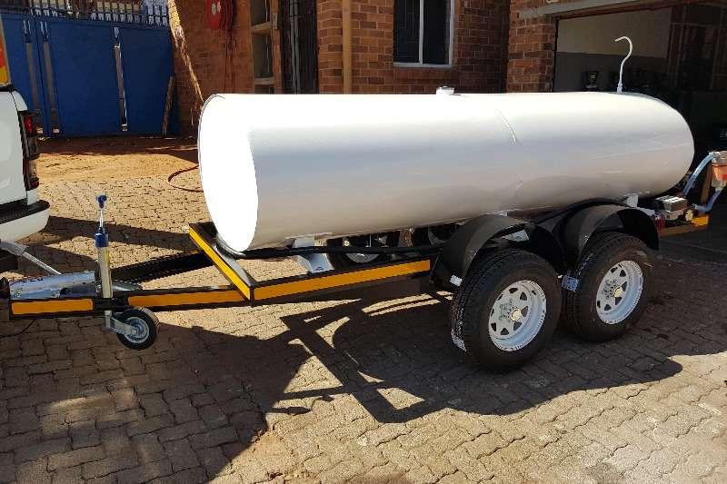 Fuel Tankers 2500 liter diesel bowser 2019