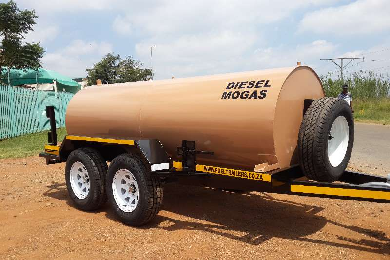 Fuel tankers 3000 Fuel trailers 2019
