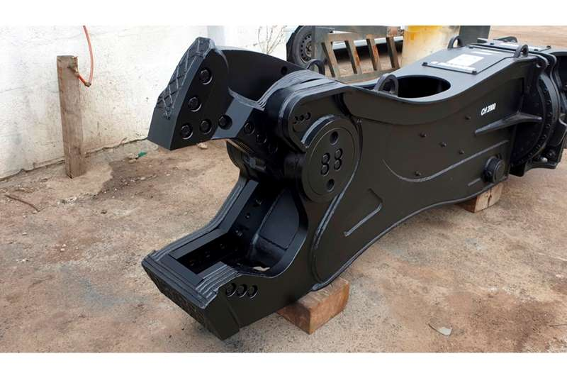 Hammer Srl METAL SHEAR CH2000 FOR 20   30 TON EXCAVATORS Attachments