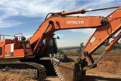 Hitachi 470 3 Excavators