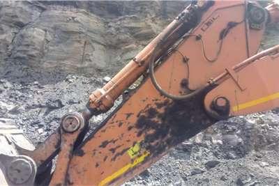 Hitachi 870LCR 5G 80 TON Excavators