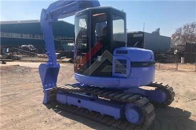 Hitachi EX75UR Excavators