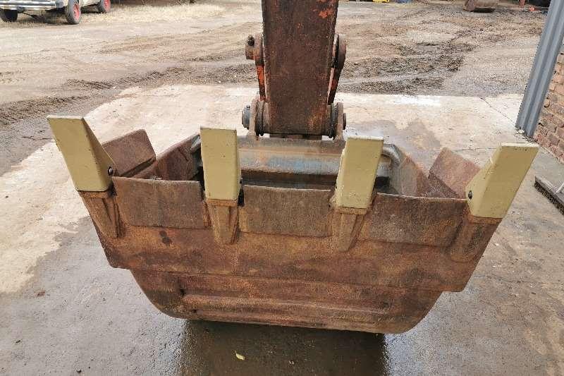 Hitachi FH220LC 3 Excavators