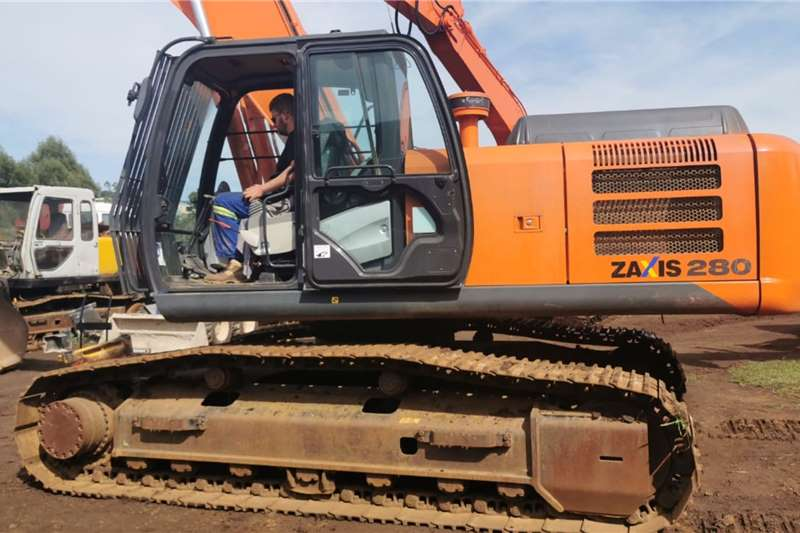 Hitachi Excavators ZX 280 2015