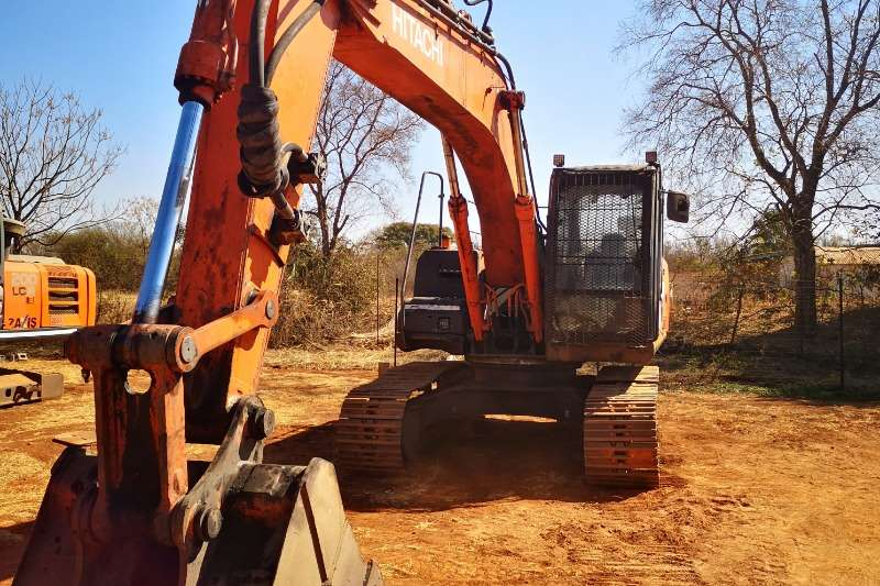 Hitachi Excavators ZX200 5G 2014