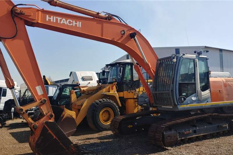 Hitachi Excavators ZX240LC 1040