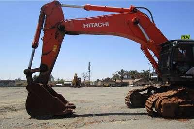 Hitachi ZX870LCR Excavators