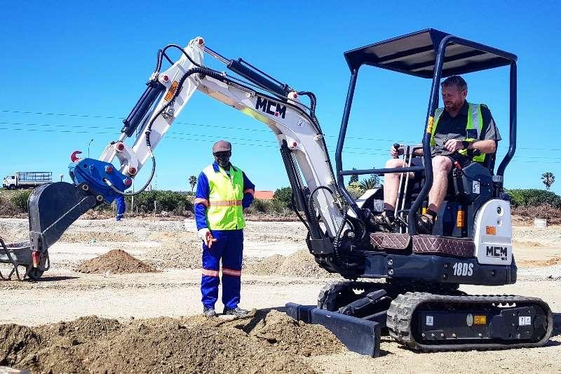 Hydraulic excavator Perkins1.8 TonCompactExcavator 2019