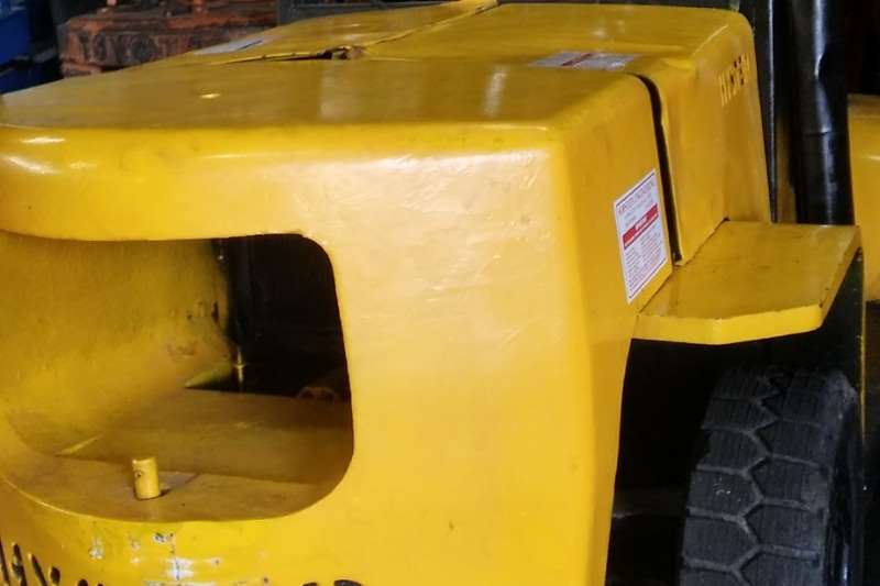 Hyster Forklifts 7 Ton Diesel, 3m lift